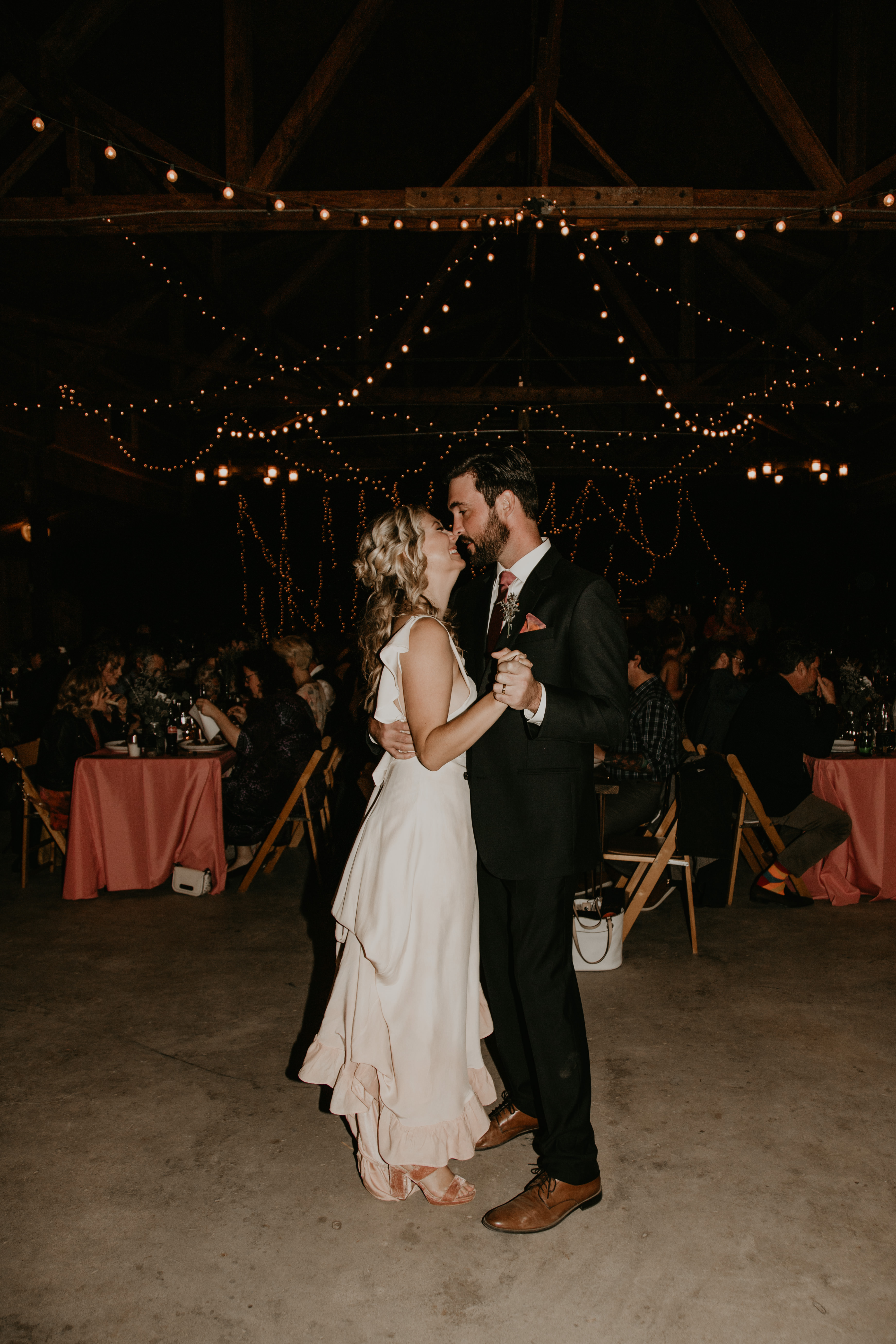 Pioneertown Soundstage Wedding first Dance, image by Fatima Elreda Photo